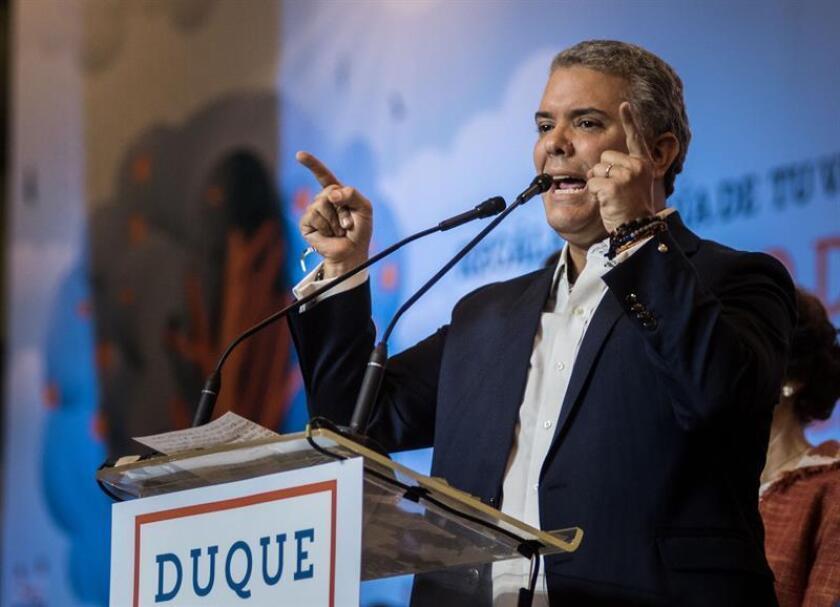 El Gobierno canadiense felicitó hoy al presidente electo de Colombia, Iván Duque, por su victoria en los comicios presidenciales de su país y expresó su deseo de profundizar las relaciones bilaterales. EFE/ARCHIVO