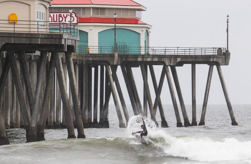 522553 tn-dpt-me-surfers-beaches-20200409-3.jpg