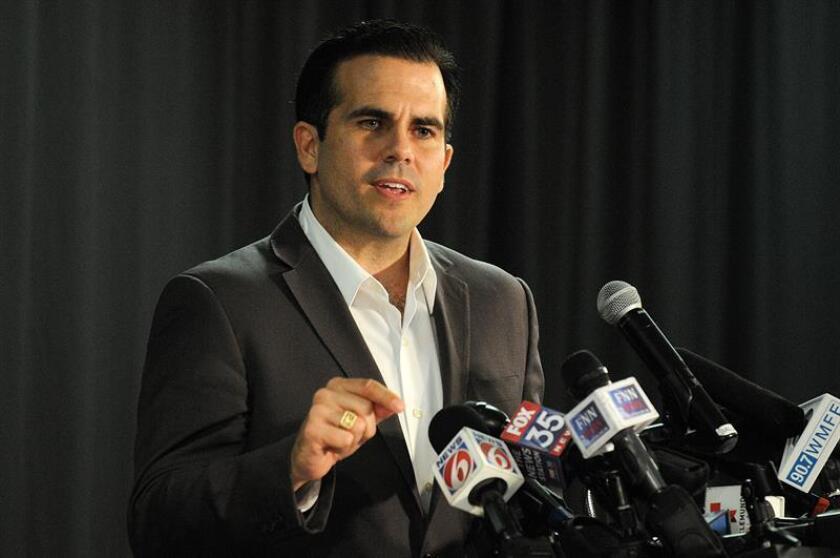 El gobernador de Puerto Rico, Ricardo Rosselló, habla durante una conferencia de prensa. EFE/Archivo