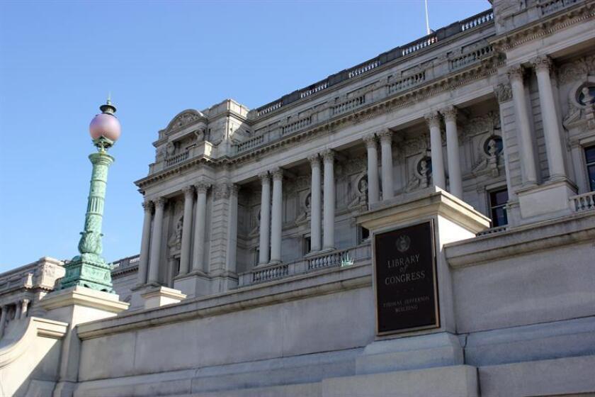 """Fotografía del 13 de febrero de la fachada de la Biblioteca del Congreso de Estados Unidos en Washington que alberga estos días la exposición """"Art in action"""". EFE"""