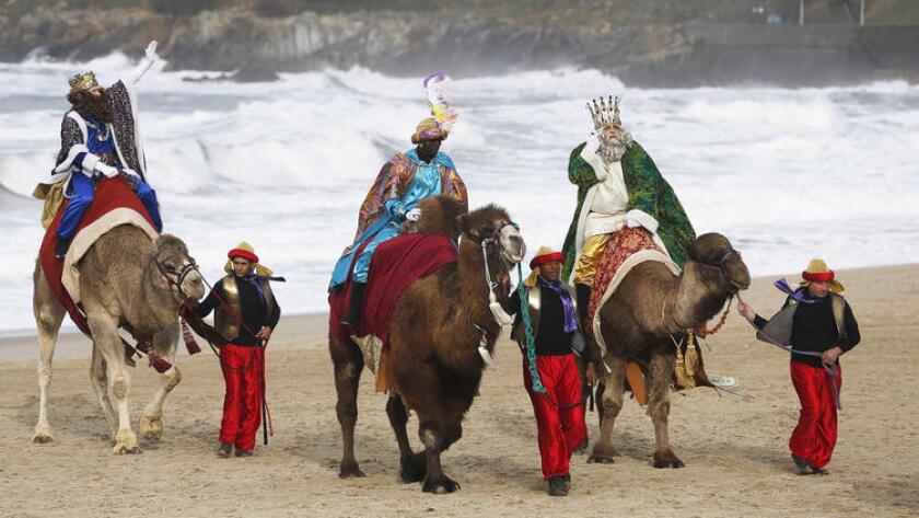 Los Reyes Magos son parte de la celebración de la Navidad, quienes llegaron a ver a Jesús al nacer.