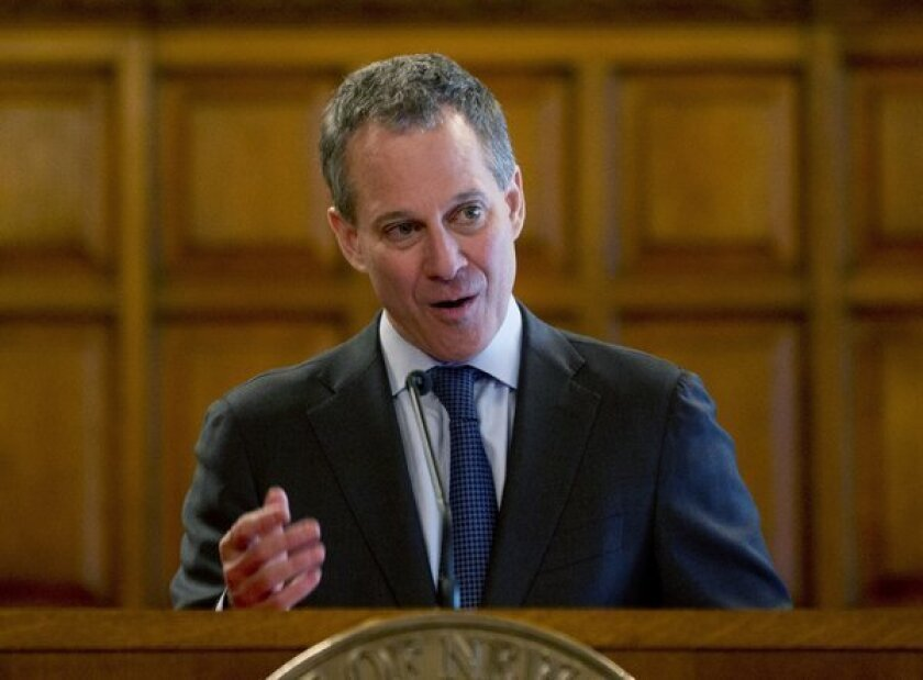 N.Y. to sue Wells Fargo, Bank of America over mortgage practices
