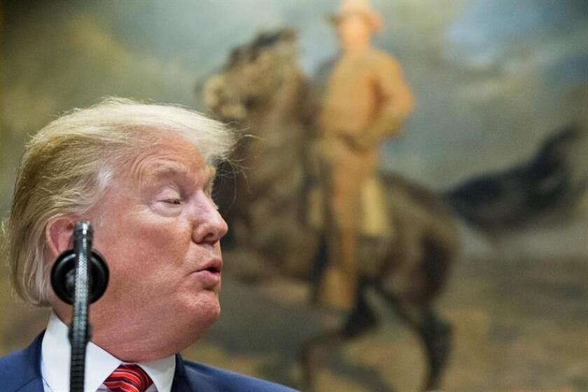 El presidente de los Estados Unidos, Donald J. Trump en el salón Roosevelt de la Casa Blanca, en Washington, DC (EE. UU.). EFE