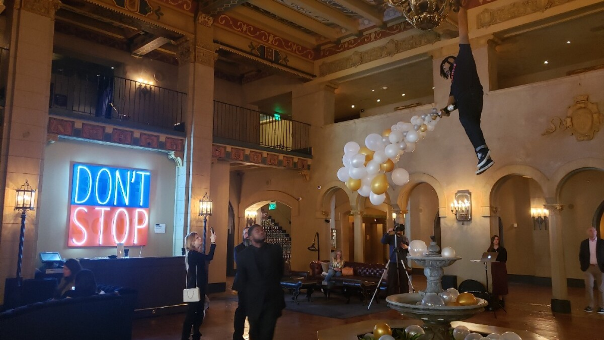 Review Felix Art Fair Checks Into The Hollywood Roosevelt Hotel Los Angeles Times