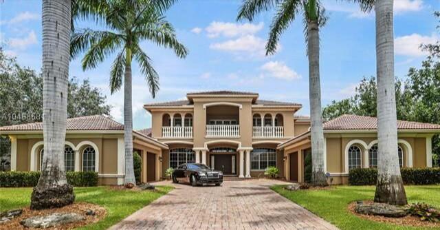 Michael Vick's Florida estate | Hot Property