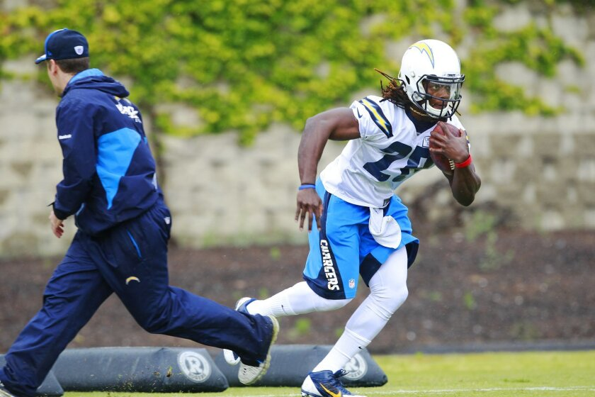 Chargers rookie running back Melvin Gordon runs the ball during practice.