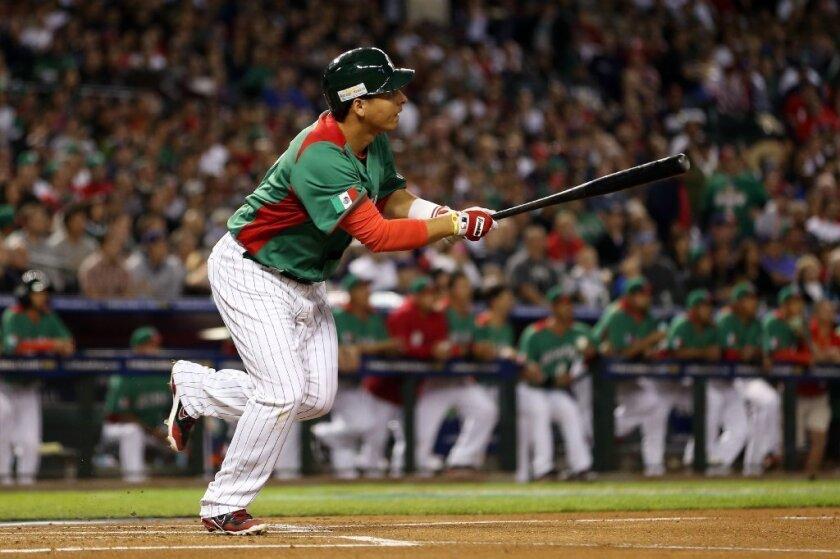 Dodgers' Luis Cruz: 'I lost it' in Mexico-Canada WBC brawl