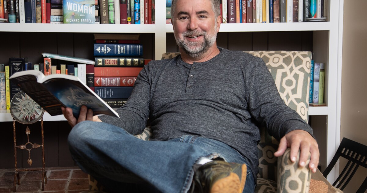 Column: San Diego author Richard Farrell lost his dream career, and he couldn't be happier