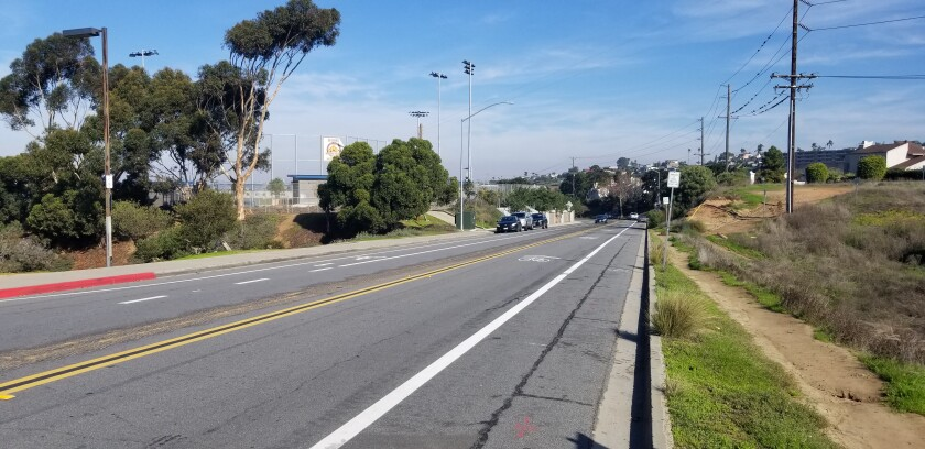 This stretch of Famosa Boulevard (facing Valeta Street) is included in the area the Peninsula Community Planning Board voted to have the City evaluate for the Safe Routes to School program.