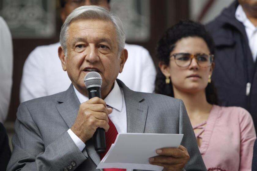 El presidente electo de México, Andrés Manuel López Obrador, participa en una rueda de prensa en Ciudad de México (México). EFE/Archivo