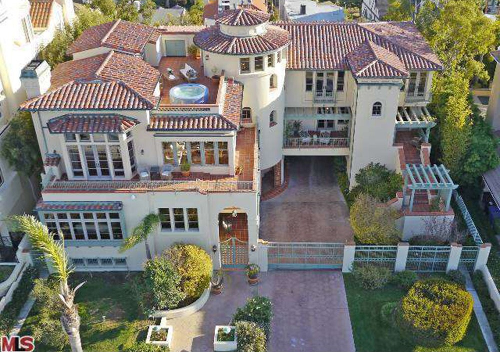 The custom home of the late Lakers owner Jerry Buss in Playa del Rey sold for $5.1 million.