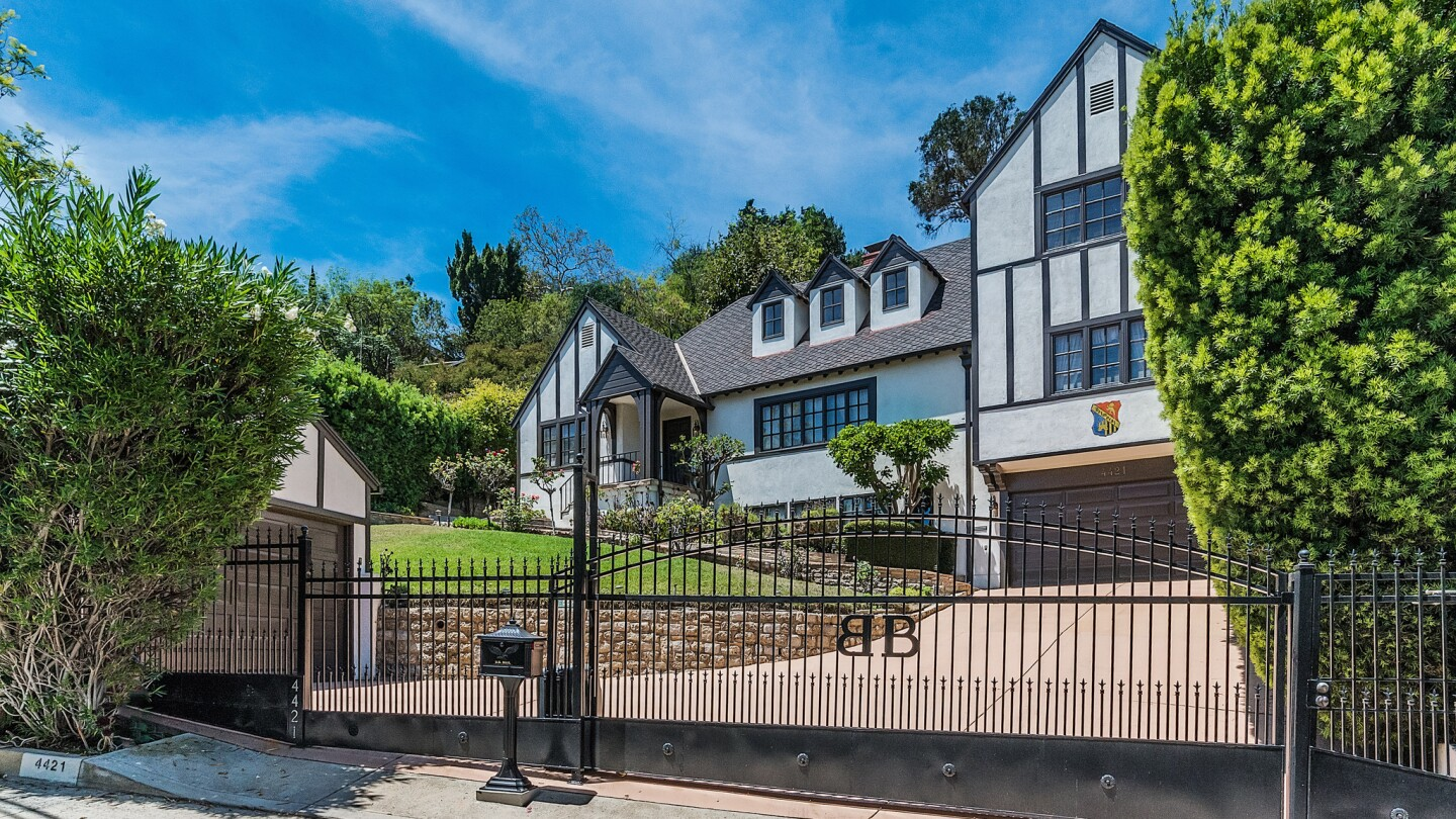 Home of the Day: 1930s English Tudor style with a view in Los Feliz