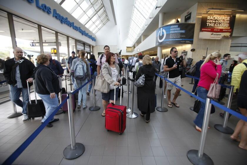 Delays minimal on first weekday of air traffic control furloughs