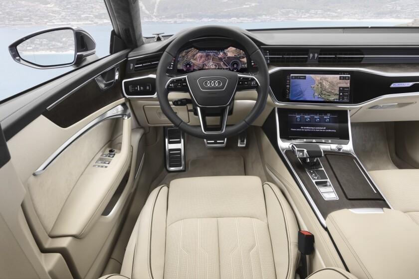 -AudiA7-DriverArea.jpg