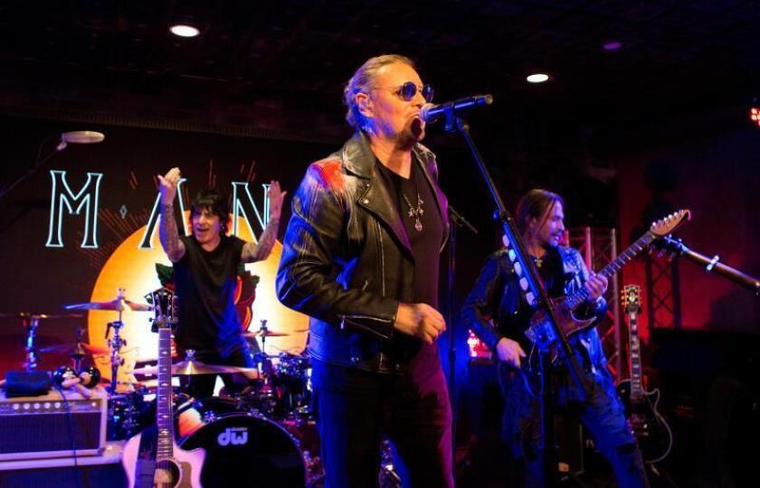 """El grupo Maná se presenta durante un concierto de promoción de su gira """"Rayando el sol"""" en Beverly Hills, California (Estados Unidos), el 27 de febrero de 2019. EFE/ Armando Arorizo/Archivo"""