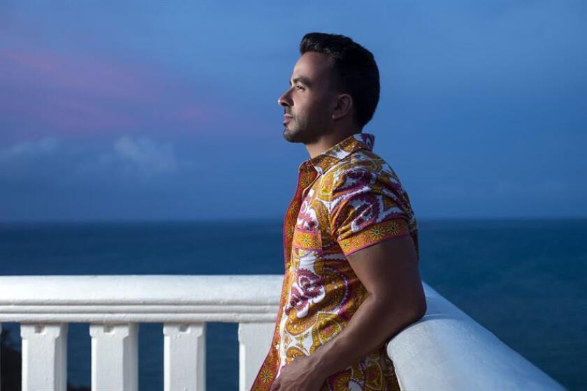 Fotografía promocional cedida hoy, lunes 11 de junio de 2018, por Universal Music Latino, del cantante y compositor puertorriqueño Luis Fonsi. EFE/Universal Music Latino/SOLO USO EDITORIAL/NO VENTAS