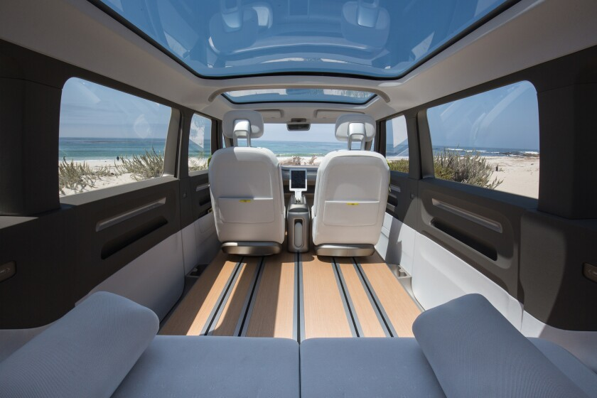 Pebble Beach 2017: The VW van is back — but this time it's electric - Los  Angeles Times