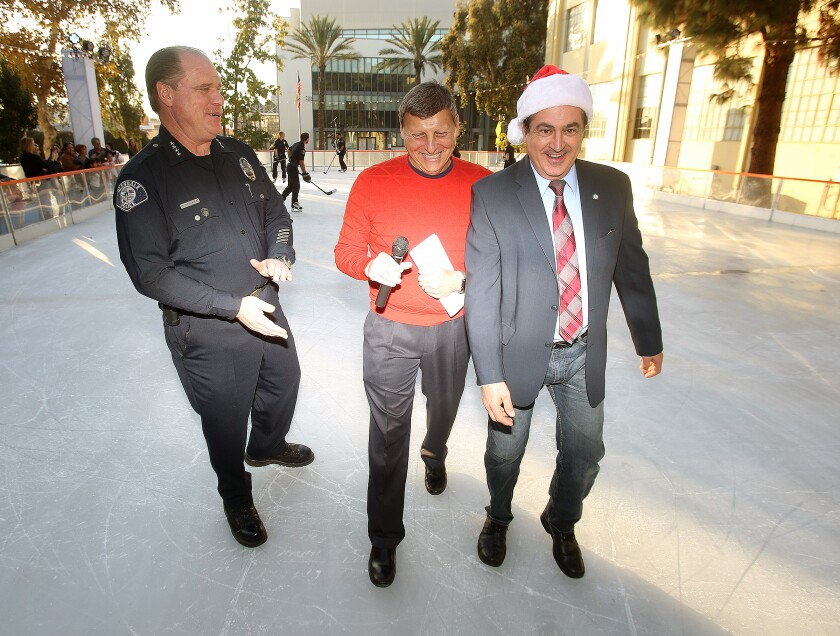 Letters to the Editor: First he's a 'deplorable' and now he's a 'Grinch'?