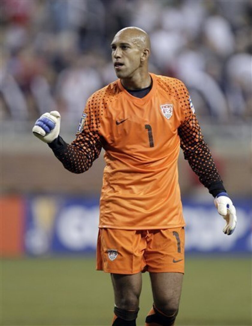 United States goalkeeper Tim Howard (1) celebates their 2-0 win over Canada in a CONCACAF Gold Cup soccer match at Ford Field in Detroit, Tuesday, June 7, 2011. (AP Photo/Paul Sancya)