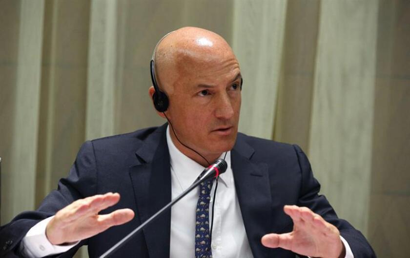 El jefe de la misión del Fondo Monetario Internacional (FMI) para España, James Daniel, durante una conferencia. EFE/Archivo