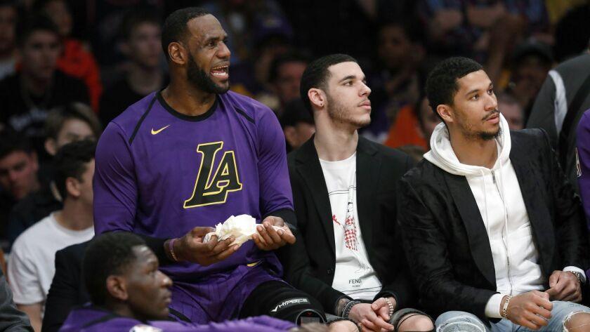 LOS ANGELES, CALIF. -- FRIDAY, MARCH 22, 2019: Los Angeles Lakers forward LeBron James (23), Los Ang