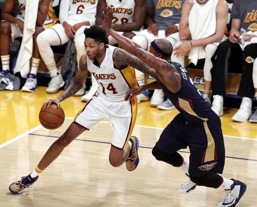 Brandon Ingram logró 20 puntos y entregó siete asistencias en el triunfo de los Lakers de Los Ángeles, que rompieron racha de nueve derrotas seguidas al vencer por 132-113 a los Hawks de Atlanta. EFE/Archivo