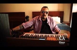 Pepe Aguilar alza la voz  'Desde la azotea' y cuestiona el futuro de la música tras la pandemia