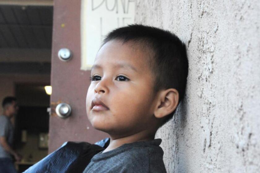 Gobierno reconoce que menores separados en frontera sufren problemas mentales