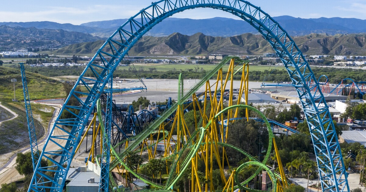If COVID rules allow, Six Flags Magic Mountain aims to open in spring - Los Angeles Times
