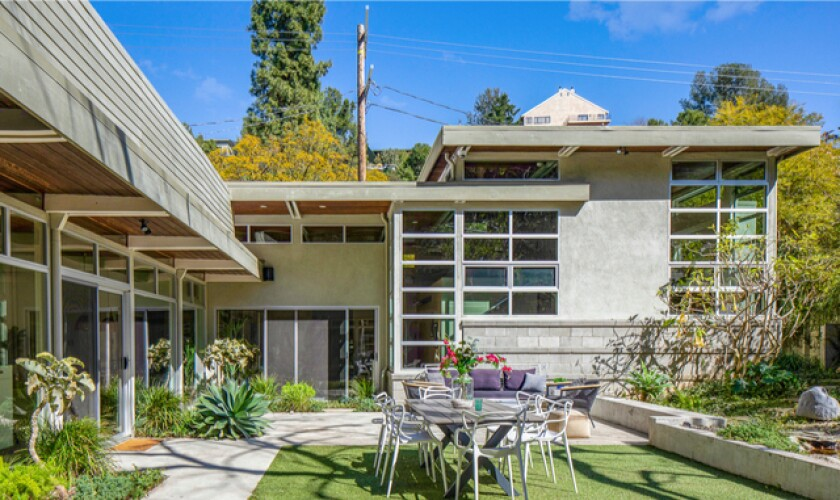 Actress Sarah Carter scoops up Brie Larson's Hollywood Hills home