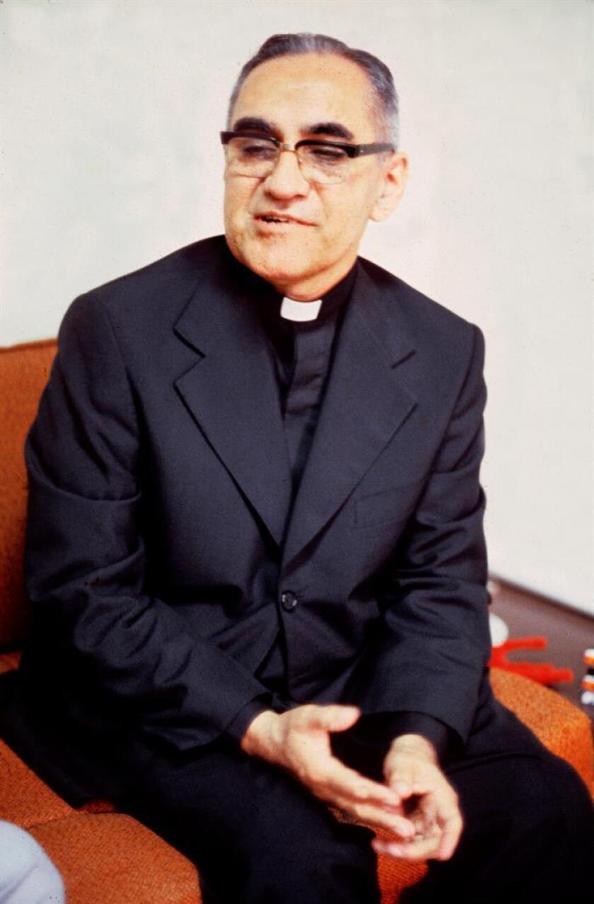 Fotografía de archivo de Monseñor Oscar Arnulfo Romero. EFE/Archivo