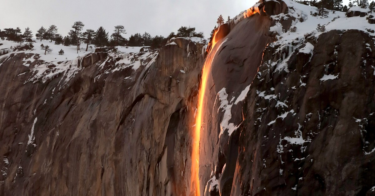 How to best photograph Yosemite's 'firefall' glow - Los Angeles Times