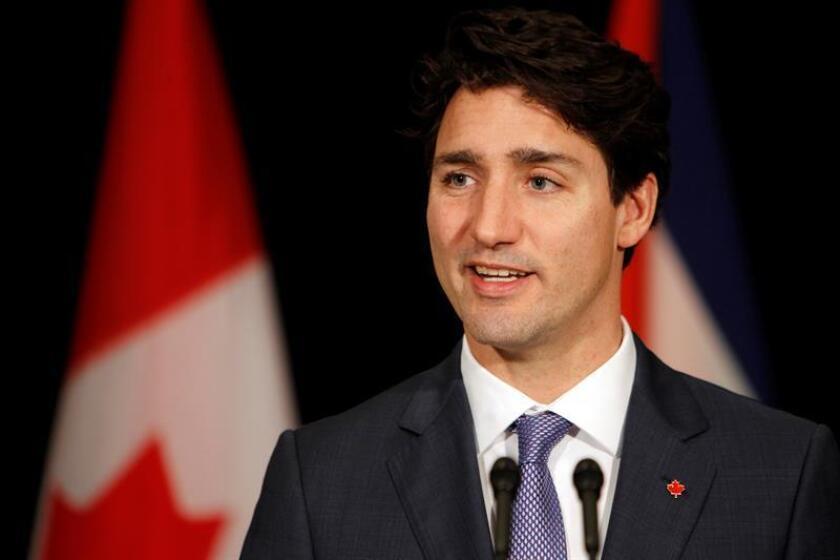 """El presidente de México, Enrique Peña Nieto, y el primer ministro de Canadá, Justin Trudeau, acordaron hoy """"mantenerse en estrecha comunicación e intensificar el trabajo de sus equipos para avanzar de manera más acelerada en la integración de una América del Norte más fuerte y próspera"""". EFE/ARCHIVO"""