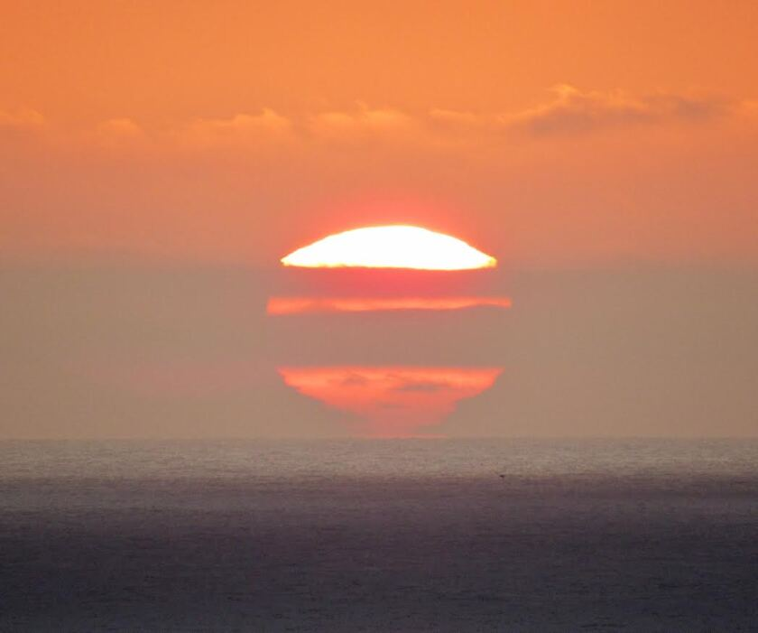 Photo of sunset over ocean
