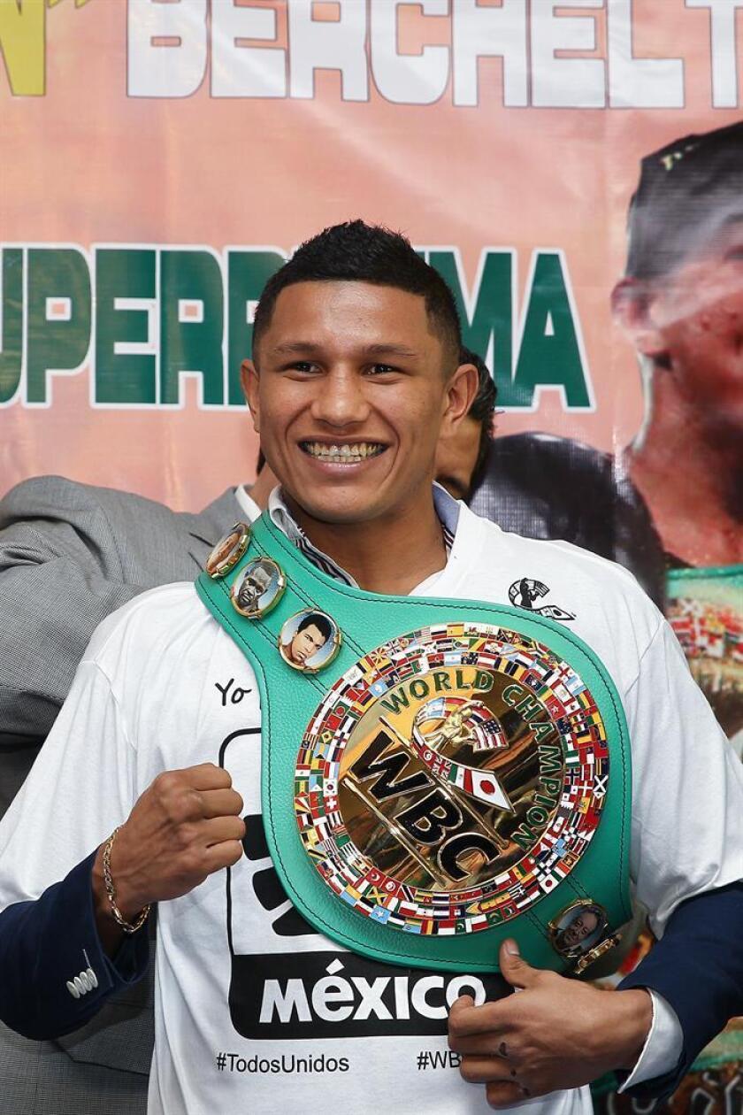 El boxeador mexicano de peso superpluma Miguel Berchelt. EFE/Archivo