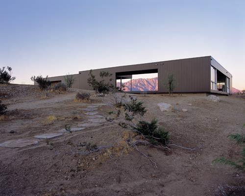 """Marmol's """"Prefabulous"""" Desert House for sale"""