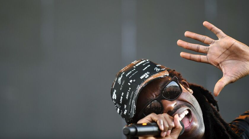 Blood Orange performs at the 2016 FYF Fest.