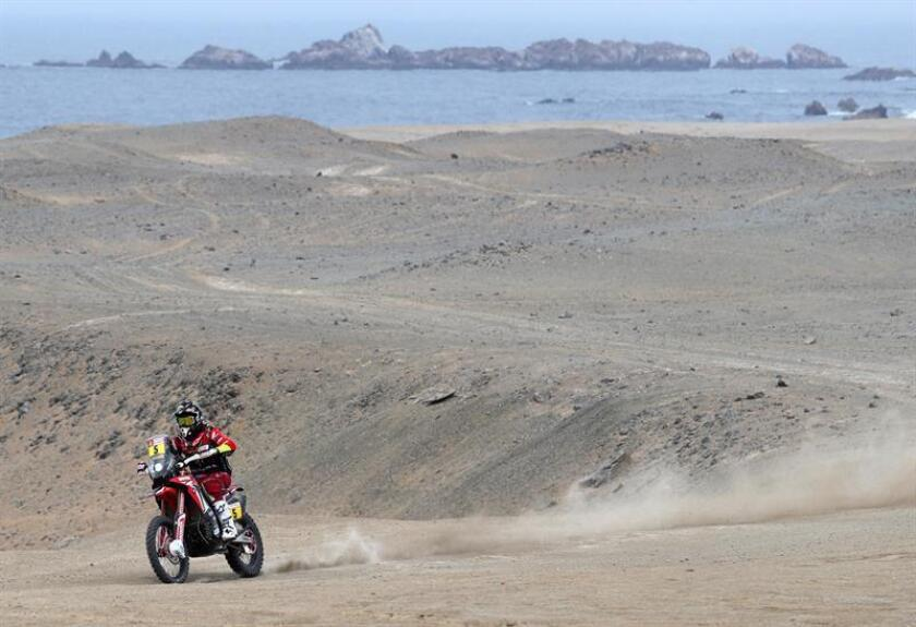 Spanish Honda rider Joan Barreda competes during the second stage of the 2019 Dakar Rally bikes competition between Pisco and San Juan de Marcona, Peru, on Jan. 8, 2019. EPA-EFE/ERNESTO ARIAS