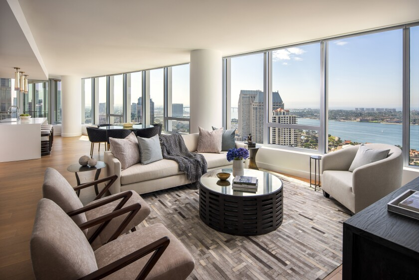 Pacific-Gate-Estate-3603-living-room-view smaller 9-15-19.jpg