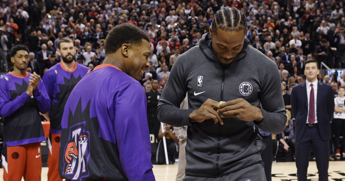 Kawhi Leonard is moved by stirring tribute, ovations in return to Canada