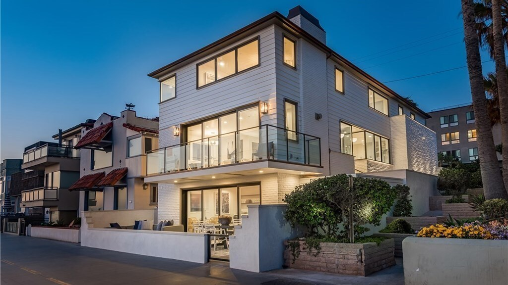 Hermosa Beach | Hot Property