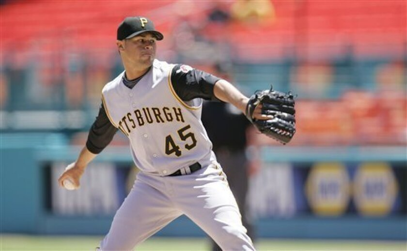 Pittsburgh Pirates starting pitcher Ian Snell delivers to the Florida Marlins in the first inning of baseball action in Miami, Sunday, April 6, 2008.(AP Photo/J. Pat Carter)