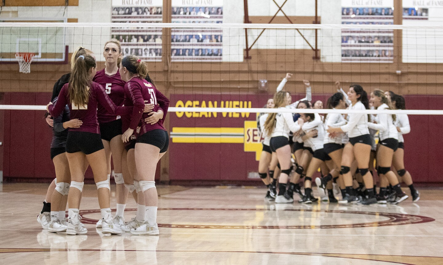 Photo Gallery: Ocean View vs. Chatsworth in girls' volleyball