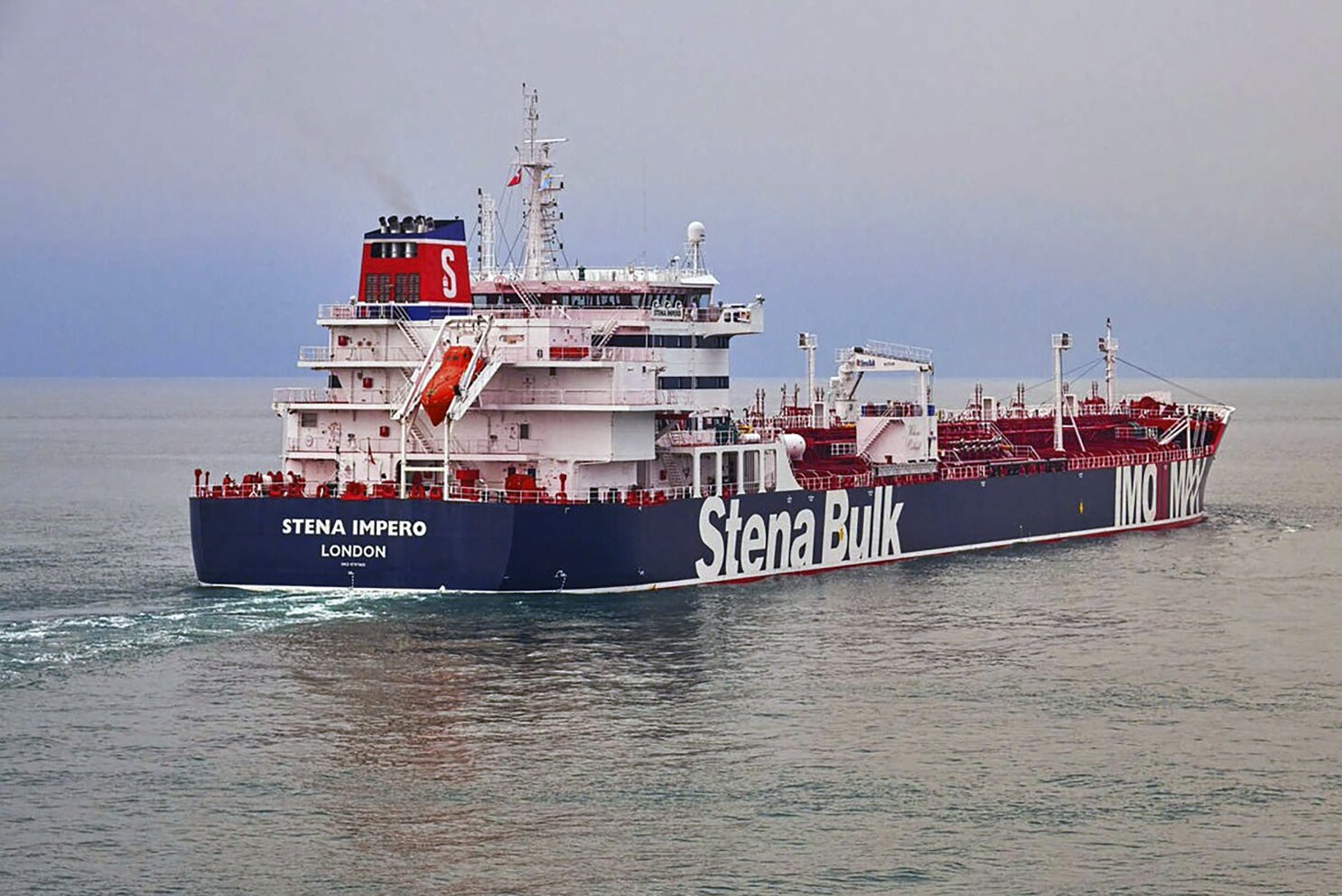 Iran detains two British tankers in Strait of Hormuz, raising new fears of military confrontation