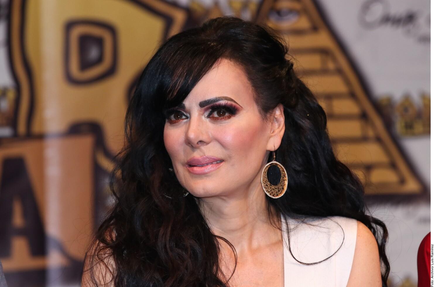 La actriz y cantante Maribel Guardia se pone a llorar a causa del ...