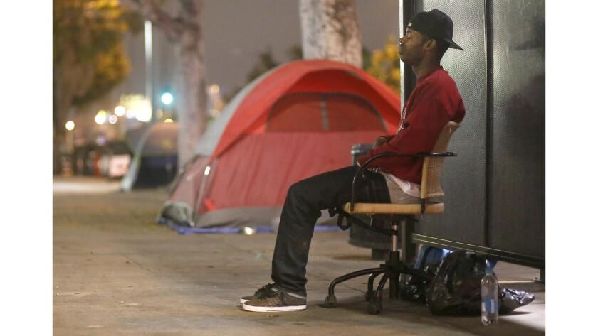 'Mi mamá es muy mala': crece el número de jóvenes desamparados en las calles de L.A.