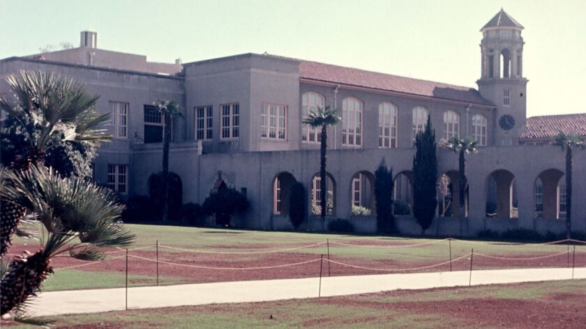 Glendale High as it appeared in 1963; before a 1964 fire in the administration building. Glendale vo
