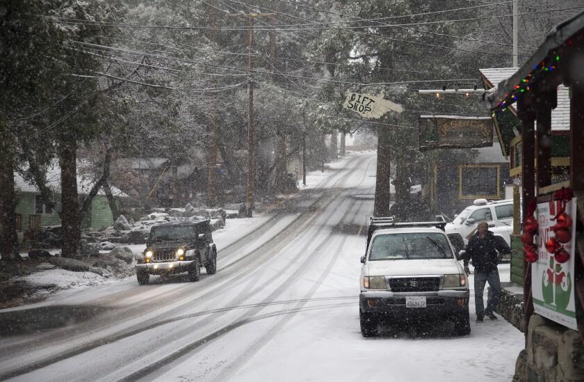 Snow in San Bernardino Mountains