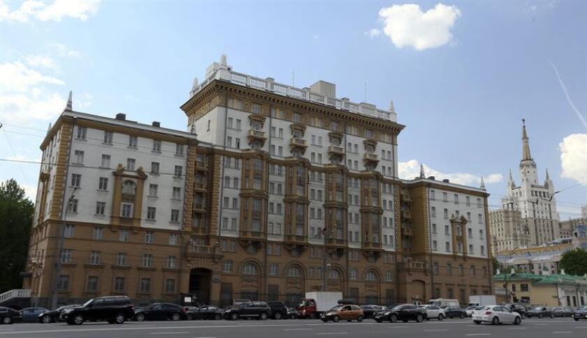 Vista general de la Embajada estadounidense en Moscú. EFE/Archivo