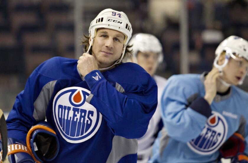 Ryan Smyth says watching Kings win Cup was 'tough to swallow'